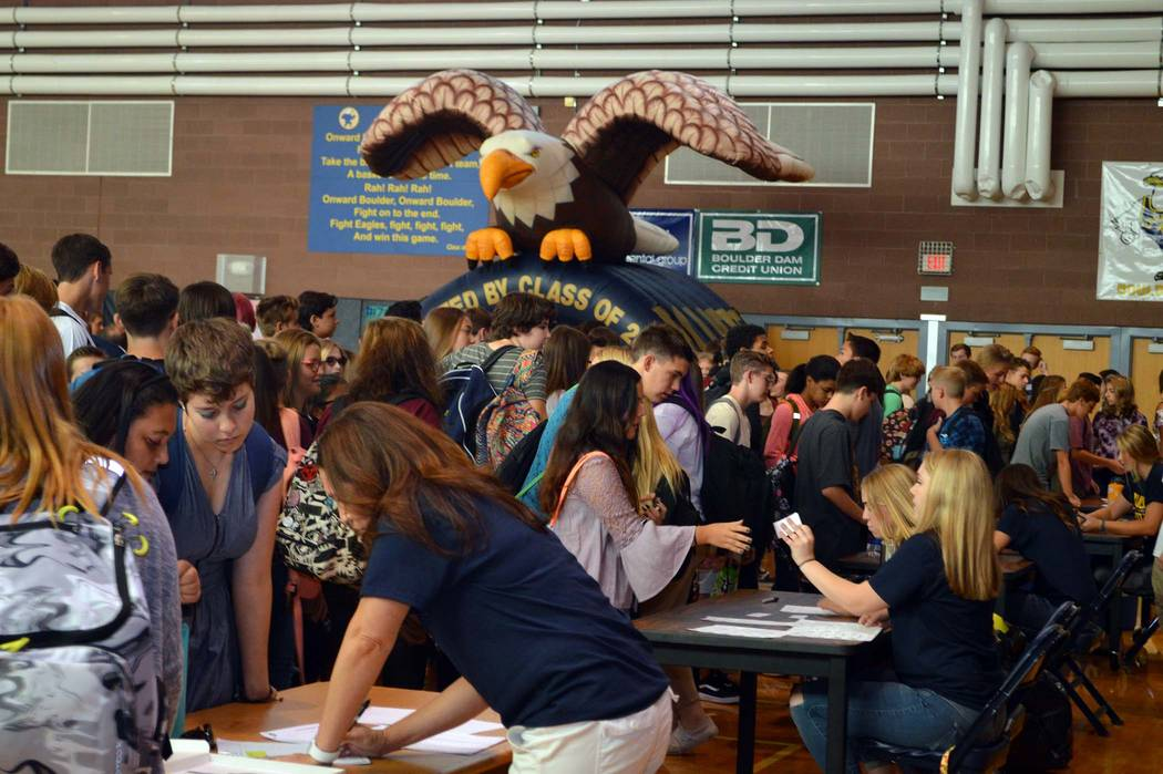 Celia Shortt Goodyear/Boulder City Review Boulder City High School's class of 2021 flocks into the school gymnasium on Monday for freshman orientation.