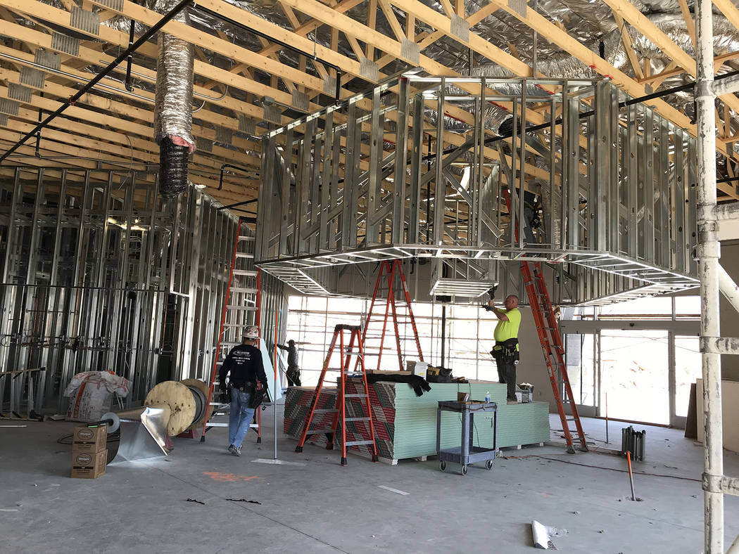 Hali Bernstein Saylor/Boulder City Review Work progresses on Oct. 12 on the new travel center at Railroad Pass, which will include showers, seen under construction at the far left, and a concierge ...
