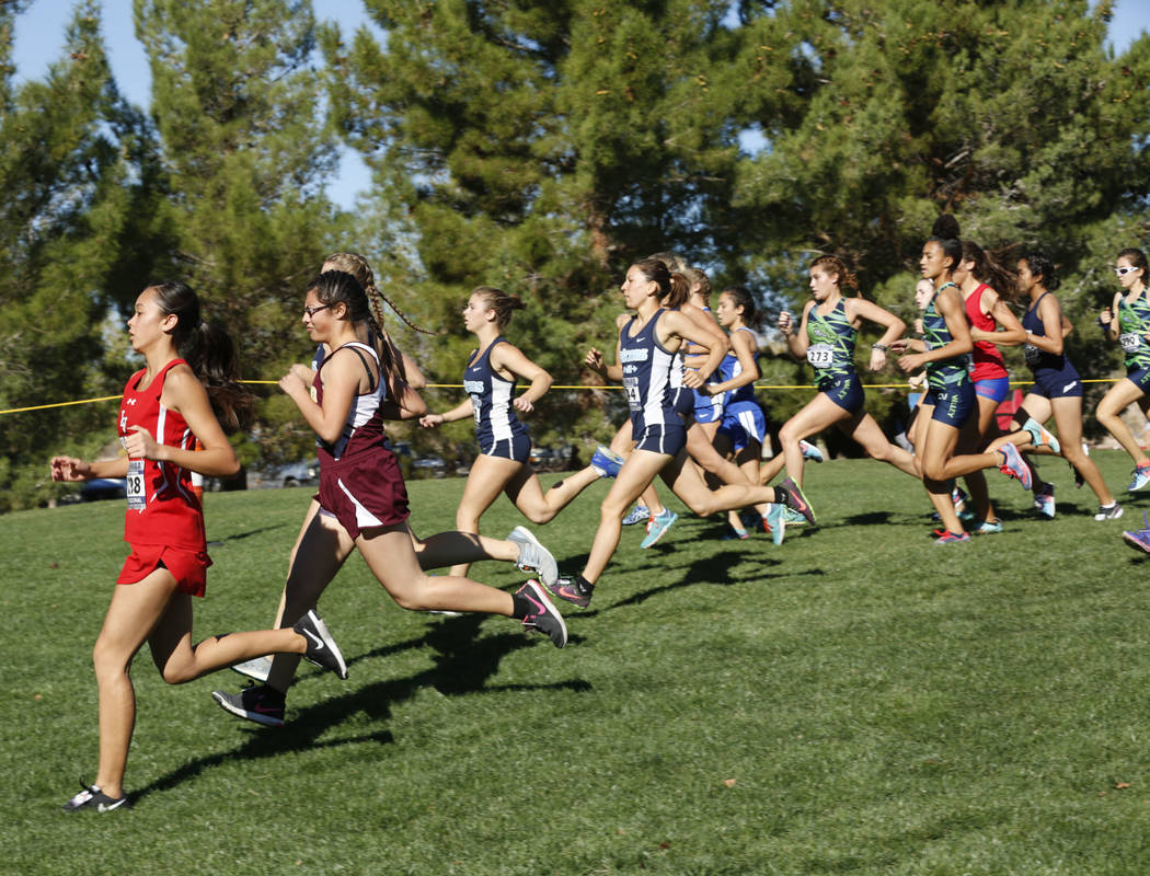 Chitose Suzuki/Las Vegas Review-Journal  Runners compete in Boulder City, Friday, Oct. 27, 2017. The Boulder City High School girls cross country recently took part in the 3A state championship me ...