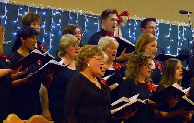 """Fil The Red Mountain Choir will present """"All is Bright"""" at 7:30 p.m. Friday and Saturday at the Elaine K. Smith Center, 700 Wyoming St."""