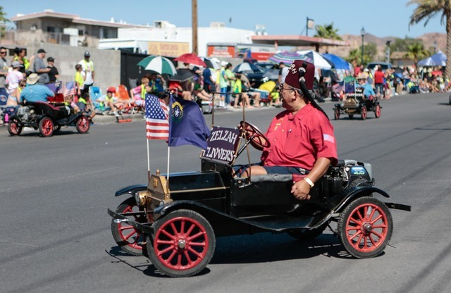 Members of the Zelzah Shriners drive miniature cars during the 68th annual Damboree parade in Boulder City on Monday, July 4, 2016. Donavon Lockett/Boulder City Review