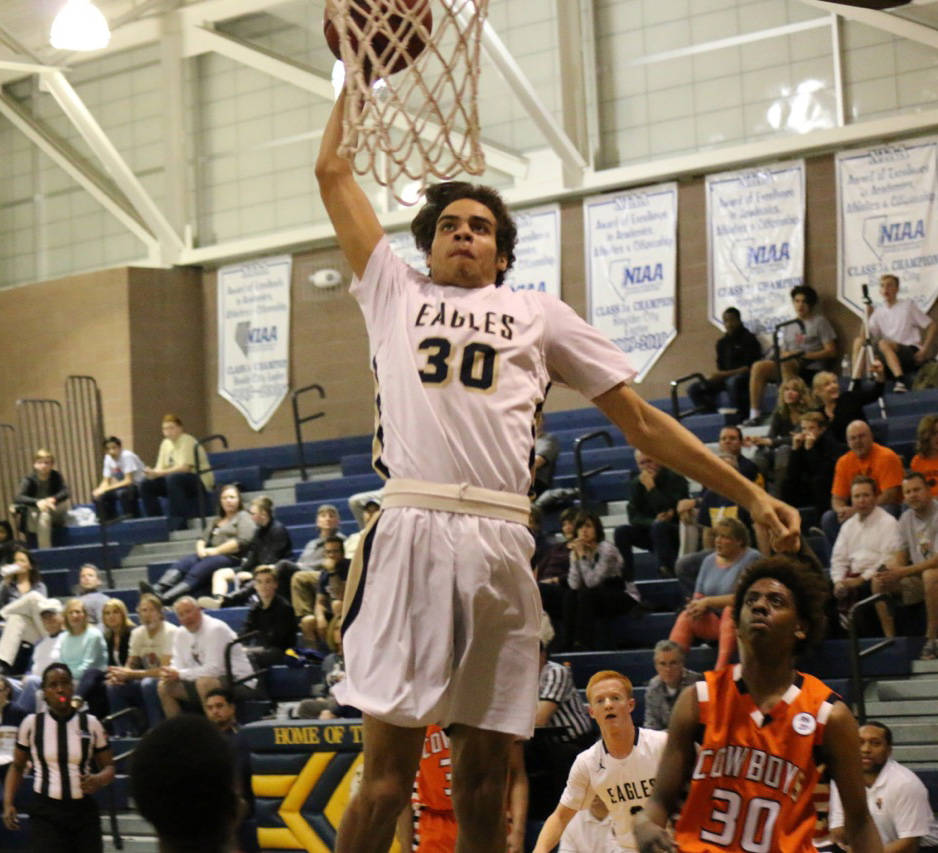 Laura Hubel/Boulder City Review Boulder City High School senior Justus Green, seen here dunking the ball earlier this season, came in second in Friday's Fellowship of Christian Athletes Rise Up sl ...