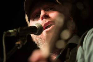 JonEmery Dodds Singer-songwriter JonEmery Dodds will bring his blend of American folk, country, blues and cow punk to Boulder Dam Brewing Co. for a free show on Saturday, March 3, 2018.
