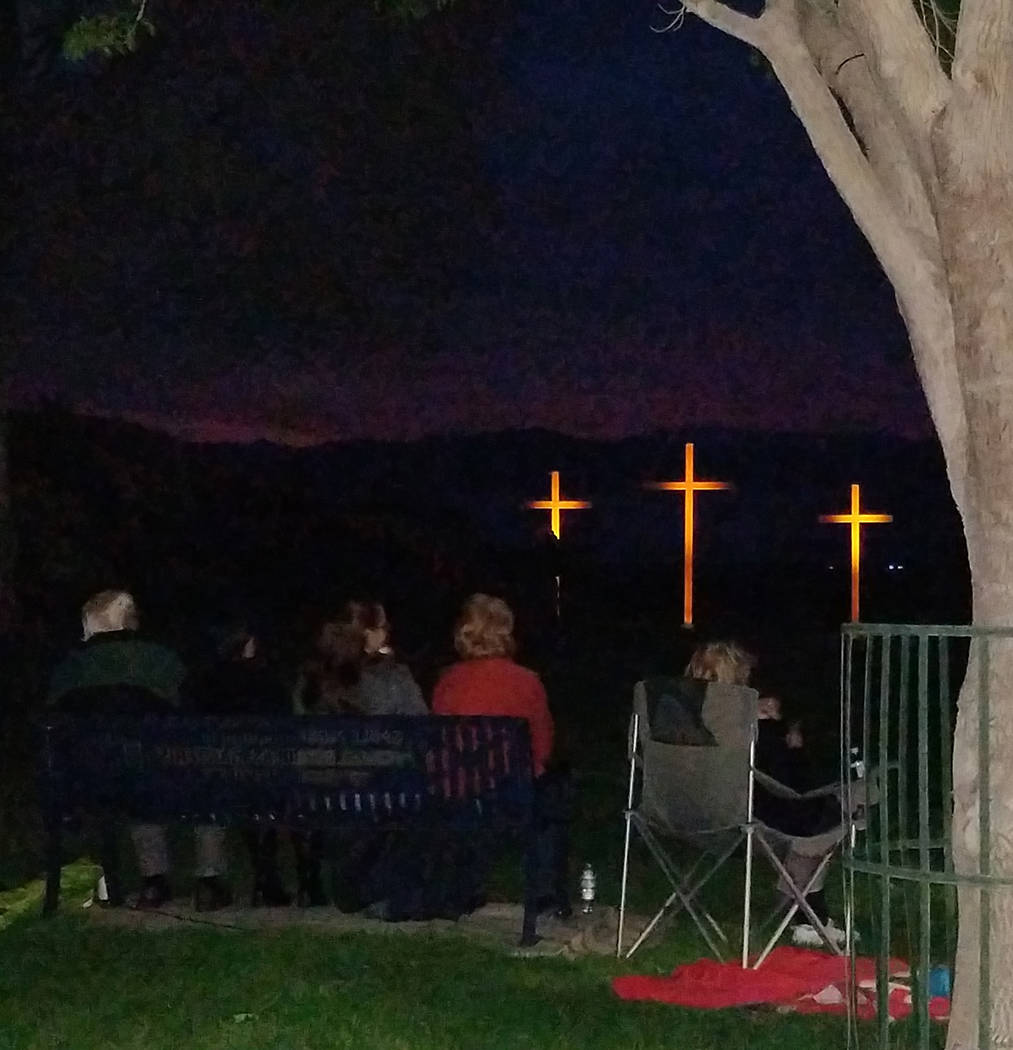 Val Olsen/Boulder City Review About 500 people attended the Easter Sunrise Celebration presented by the Boulder City Interfaith Lay Council on Sunday in Hemenway Valley Park overlooking Lake Mead.
