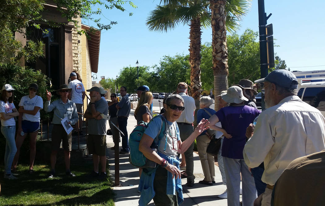 Celia Shortt Goodyear/Boulder City Review Attendees wait in line in hopes of getting a ticket to tour the Six Companies Executive Lodge in Boulder City for Historic Preservation Day on Saturday, M ...