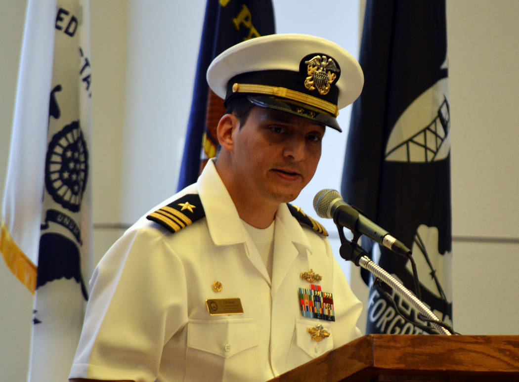 Celia Shortt Goodyear/Boulder City Review U.S. Navy Lt. Cmdr. Ed Giron delivers the keynote speech at the Memorial Day ceremony Monday at the Southern Nevada Veterans Memorial Cemetery in Boulder ...