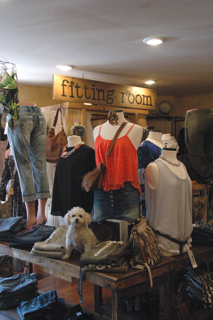 COOL Boutique offers a collection of clothing and accessories from all over Europe, Asia and North America.