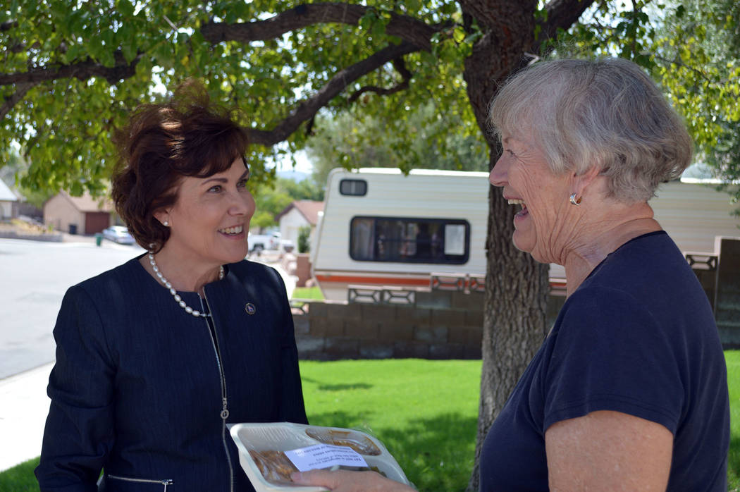 Celia Shortt Goodyear/Boulder City Review U.S. Rep. Jacky Rosen delivers food to Boulder City resident Patricia DeShazo on Aug. 16. Rosen was delivering food with Boulder City's Meals on Wheels to ...