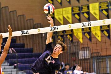 (Robert Vendettoli/Boulder City Review) Spiking a thunderous kill, Boulder City High School jun ...