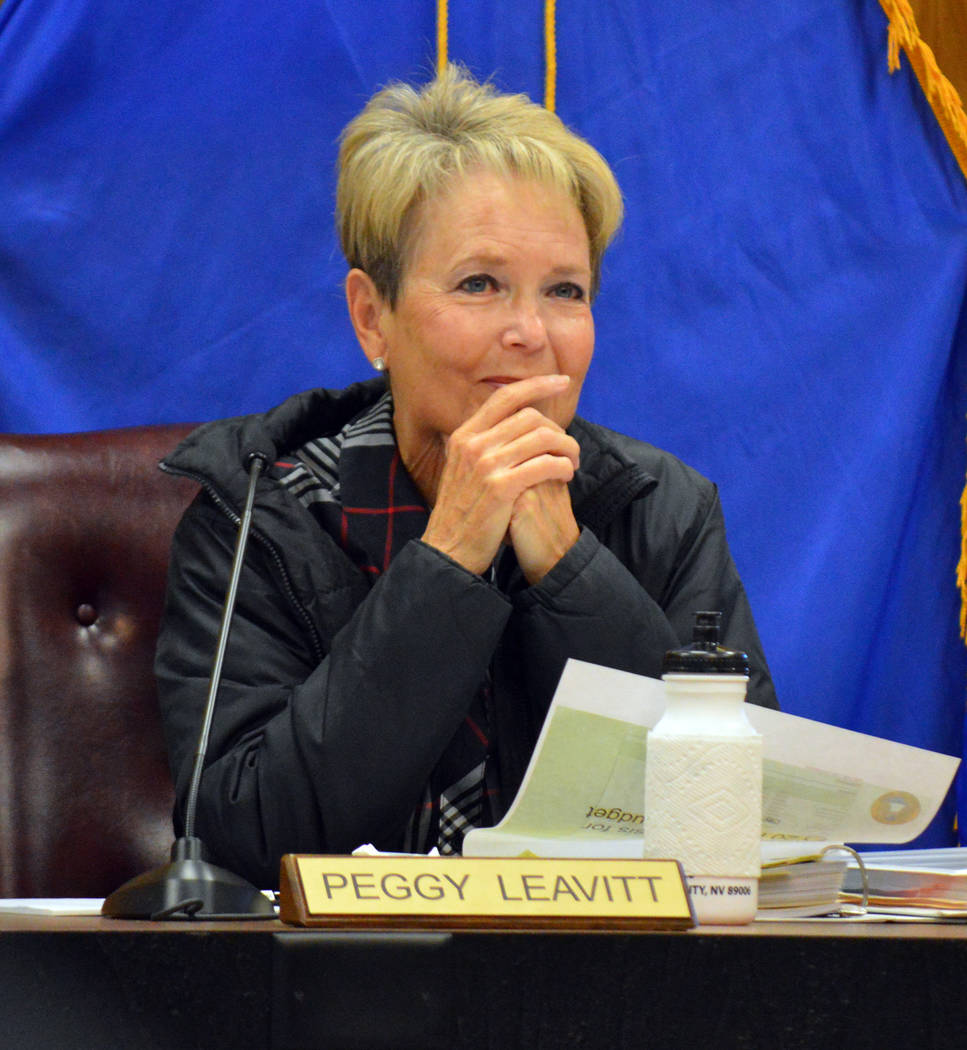 Celia Shortt Goodyear/Boulder City Review City Councilwoman Peggy Leavitt listens to a presenta ...
