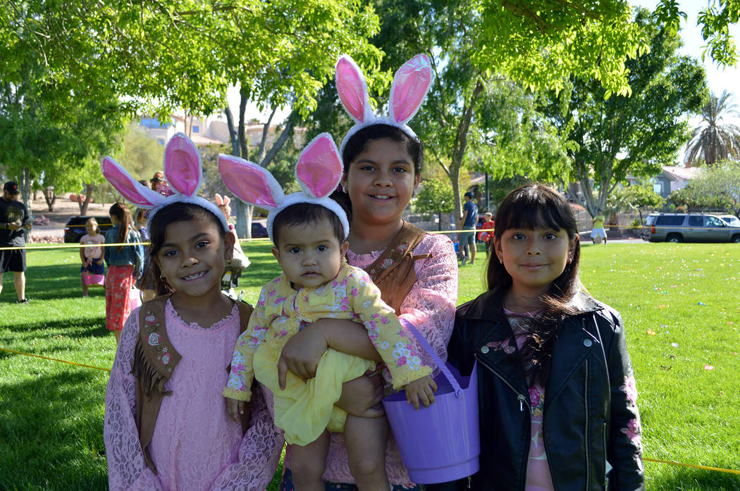 (Celia Shortt Goodyear/Boulder City Review) The Garcia family and a friend, from left, Keylin G ...