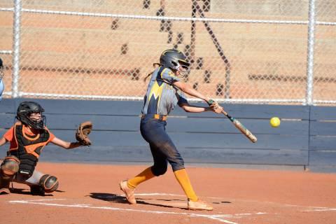 (Robert Vendettoli/Boulder City Review) Boulder City High School senior Ryann Reese hits the ba ...