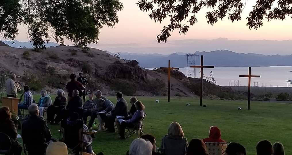 (Val Olsen/Boulder City Review) About 200 people attended the annual sunrise service Sunday, Ap ...