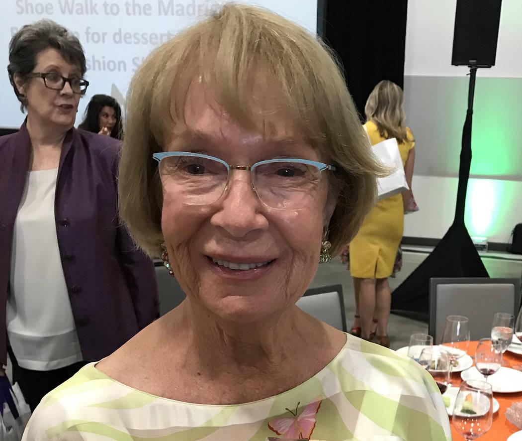 (Hali Bernstein Saylor/Boulder City Review) Linda Faiss of Boulder City holds the award she was ...