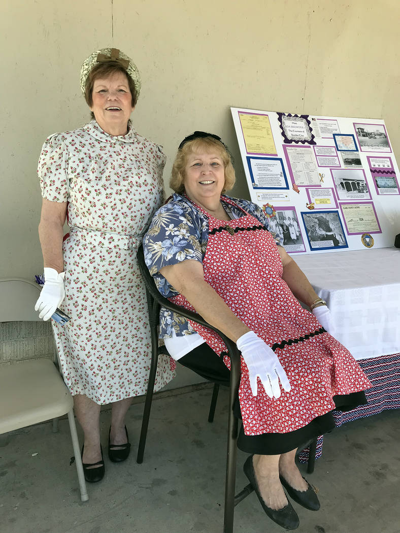 (Hali Bernstein Saylor/Boulder City Review) Sue Bell, left, and Kay Moore, members of the Silve ...