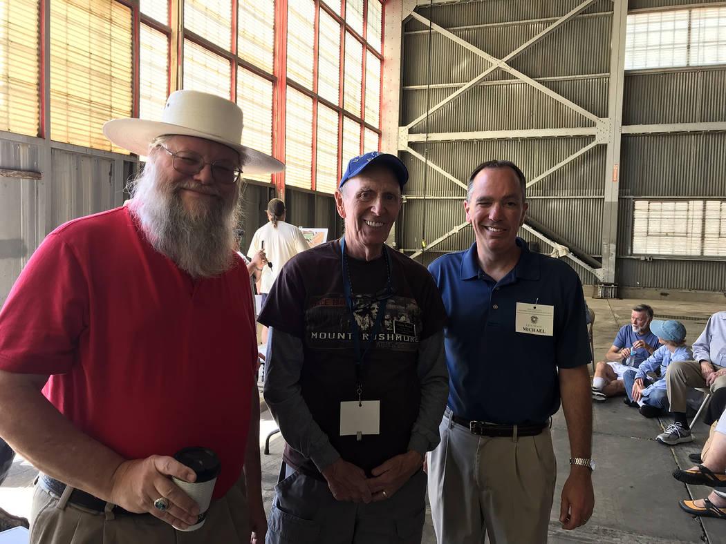 (Hali Bernstein Saylor/Boulder City Review) Mark Hall-Patton, left, administrator for Clark Cou ...