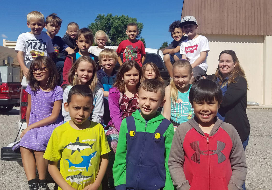 (Emergency Aid of Boulder City) Second-graders in Azure Quinlan's class at Mitchell Elementar ...