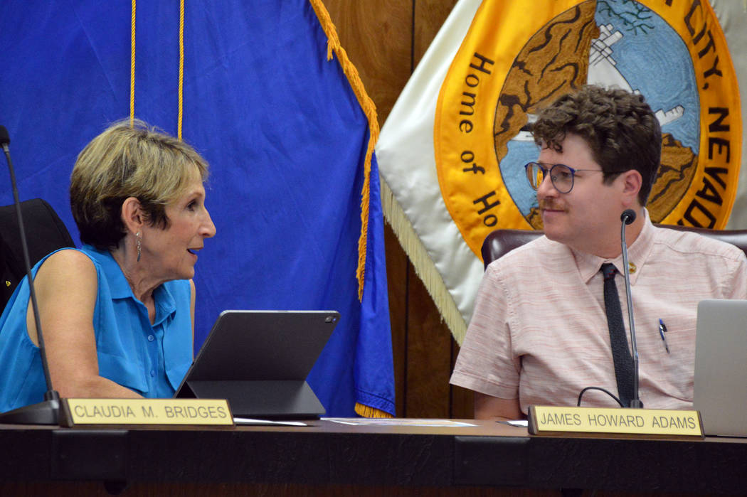(Celia Shortt Goodyear/Boulder City Review) New City Council members Claudia Bridges, left, and ...