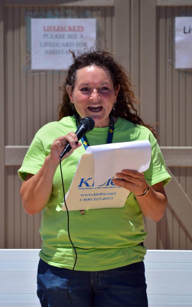 (Celia Shortt Goodyear/Boulder City Review) Boulder City Aquatic Coordinator Cheree Brennan giv ...