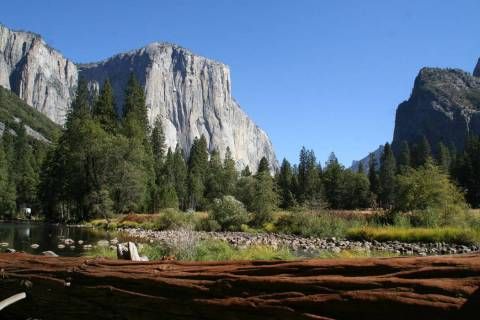 (Deborah Wall) El Capitan is a 3,000-foot-high granite monolith in Yosemite, California, that i ...