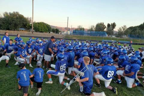 (Alex Moore) Boulder City head coach Chris Morelli addresses players from both Boulder City Hig ...