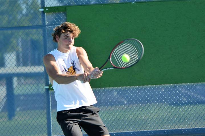 (Robert Vendettoli/Boulder City Review) Senior Preston Jorgensen returns to play for Boulder Ci ...