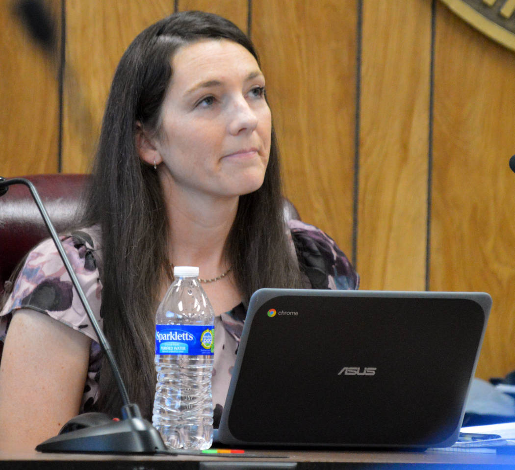(Celia Shortt Goodyear/Boulder City Review) City Councilwoman Tracy Folda participates in her f ...