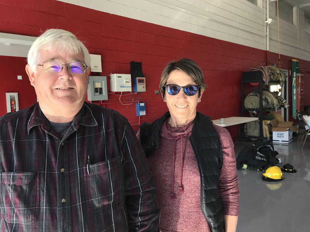 (Hali Bernstein Saylor/Boulder City Review) Boulder City Mayor Kiernan McManus and Councilwoman ...