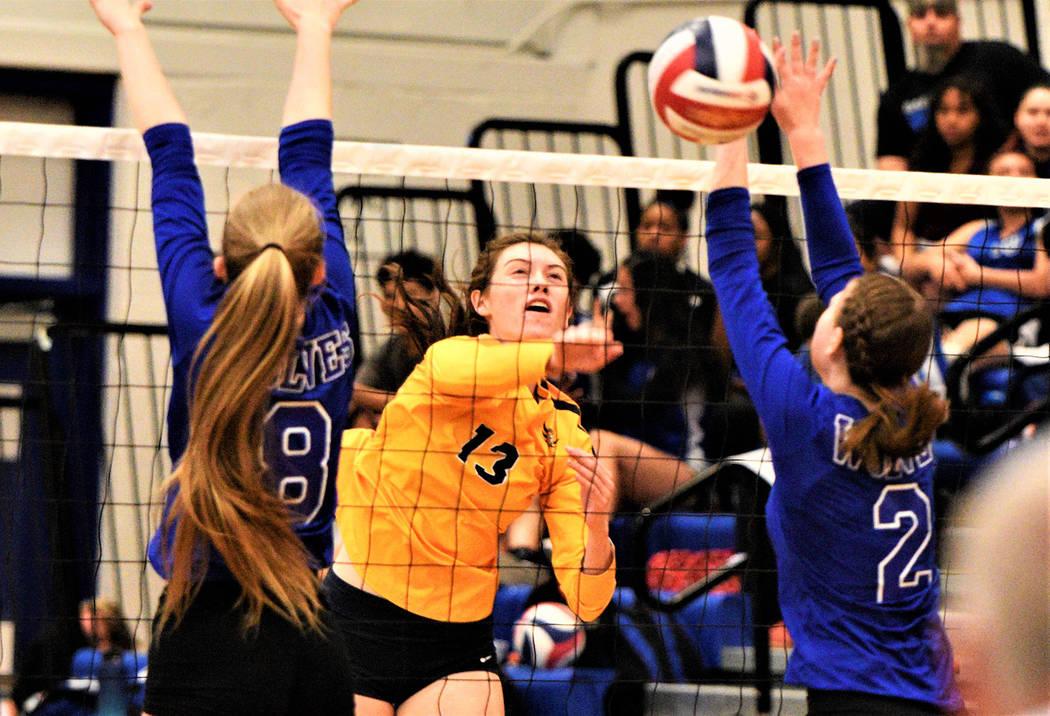 (Robert Vendettoli/Boulder City Review) Boulder City High School senior volleyball player Raega ...