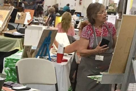(Boulder City Art Guild) Jan Bennett demonstrated her painting skills during Boulder City Art G ...