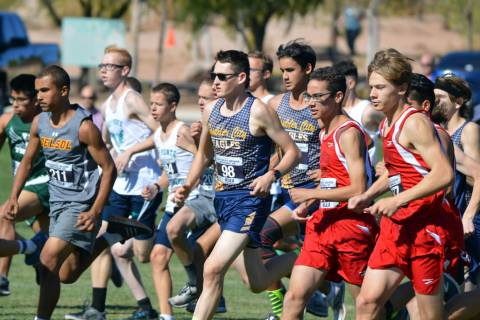 (Celia Shortt Goodyear/Boulder City Review) Boulder City High School junior Ethan Porter, cente ...