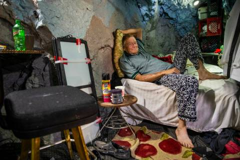 (L.E. Baskow/Las Vegas Review-Journal) Richard Roman relaxes on his bed while living in a forme ...