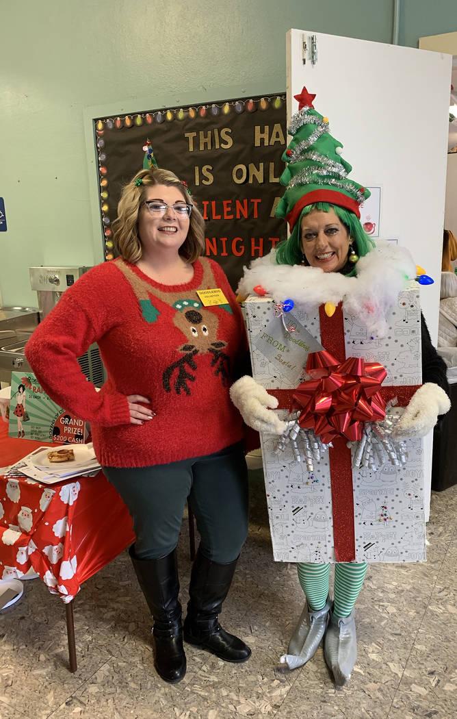 (Hali Bernstein Saylor/Boulder City Review) Erin Sammarco and Janice Giannosa of the Boulder Ci ...