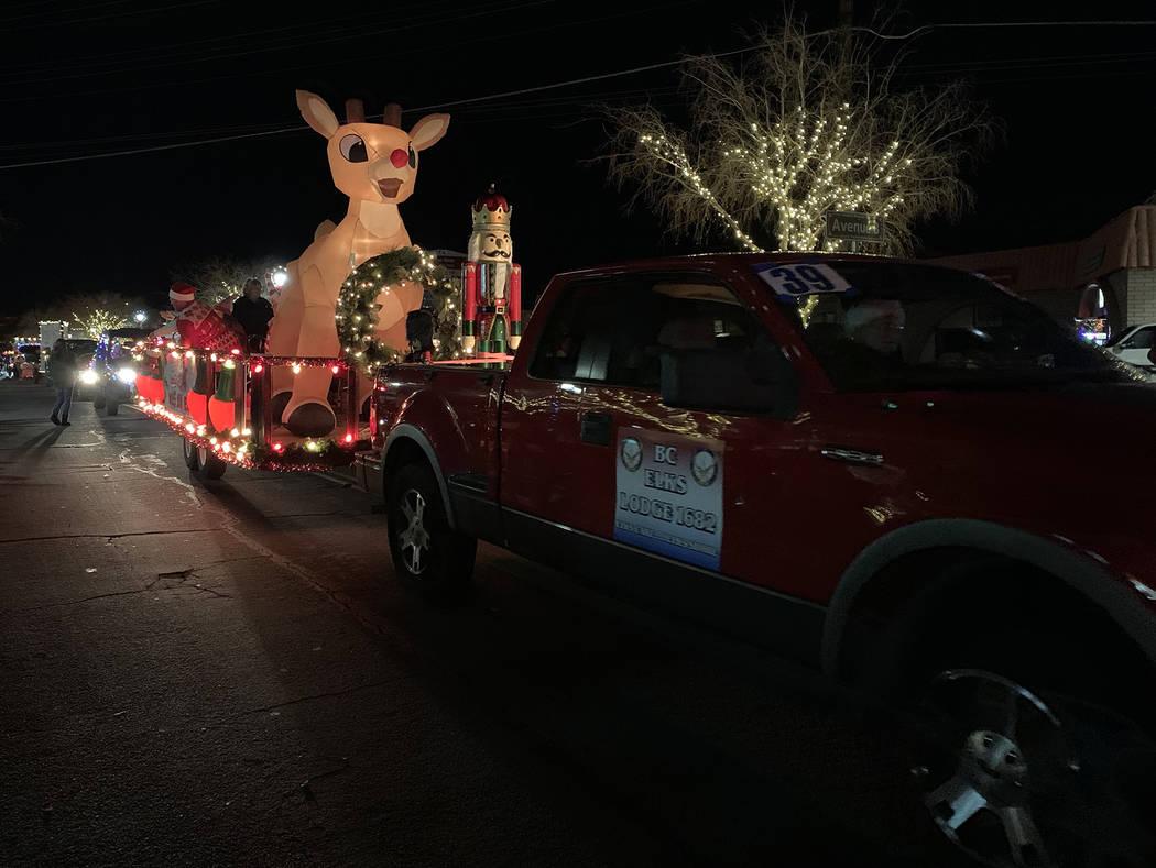 (Hali Bernstein Saylor/Boulder City Review) A giant inflatable Rudolph the Red-Nose Reindeer hi ...