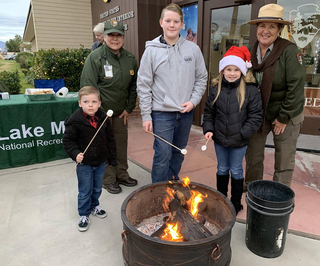 (Hali Bernstein Saylor/Boulder City Review) Roasting marshmallows at Lake Mead National Recreat ...