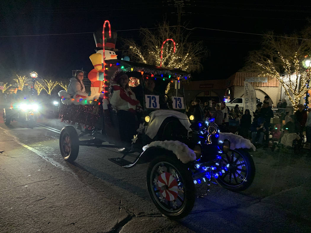 (Hali Bernstein Saylor/Boulder City Review) Don Williams filled his truck bed with inflatable d ...