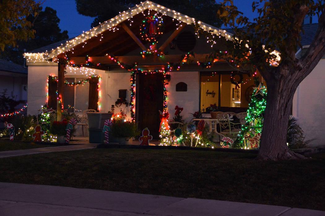 Dam Good Holiday Light Displays
