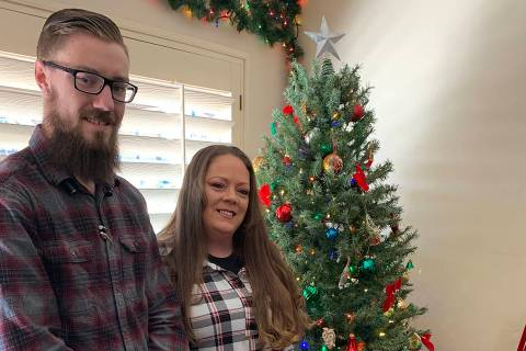 (Hali Bernstein Saylor/Boulder City Review) Steven Thompson and Cheryl Atkinson, office and gen ...