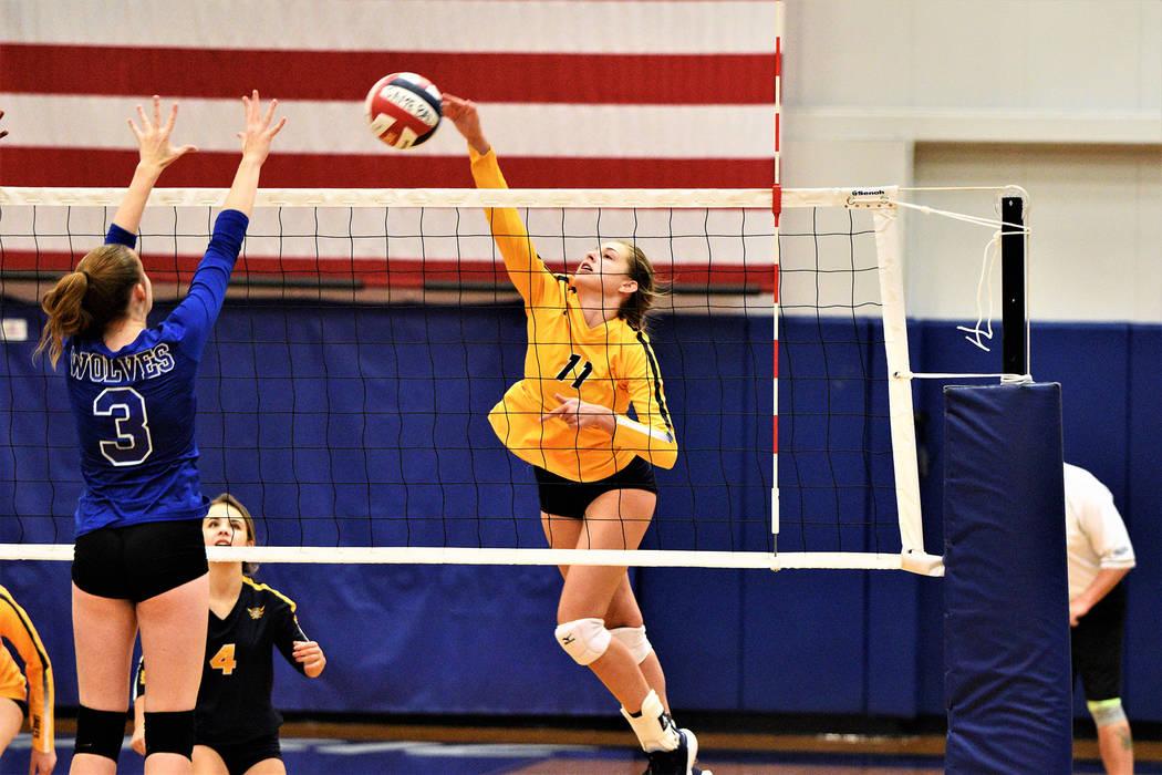 (Robert Vendettoli/Boulder City Review) Boulder City High School junior volleyball player Kamry ...