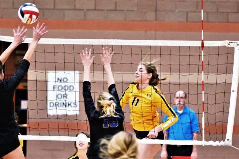 (Robert Vendettoli/Boulder City Review) Boulder City High School junior Kamry Bailey, seen thro ...