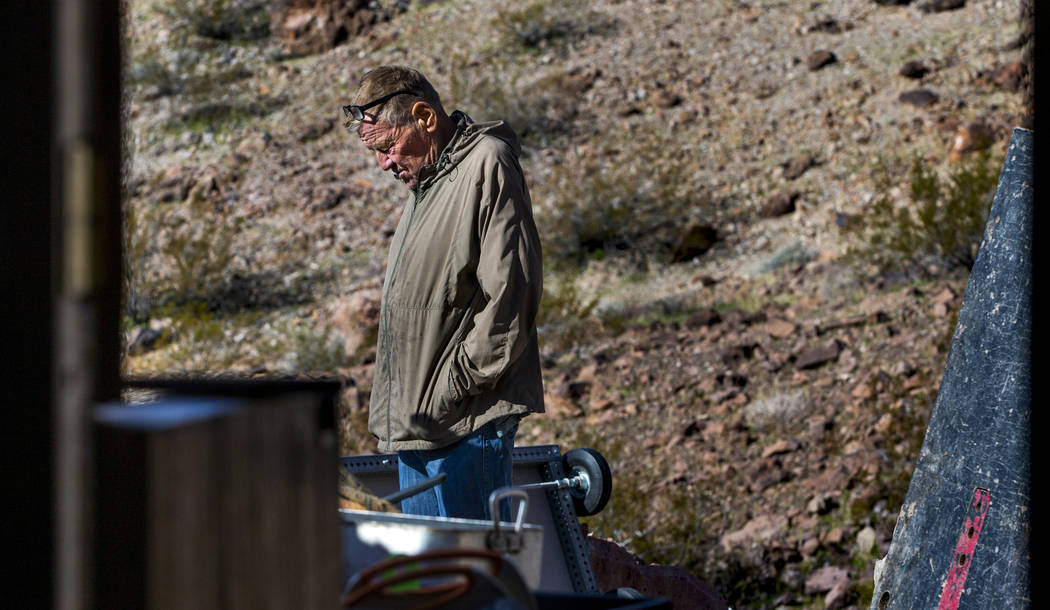 (L.E. Baskow/Las Vegas Review-Journal) Richard Roman cleans out his cave in the hills east of R ...