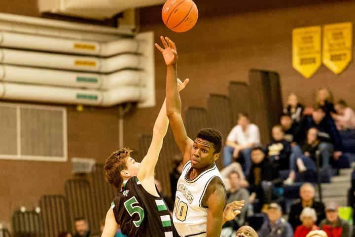 (Jamie Clark/Boulder City Review) Boulder City High School senior Jacob Sanford scored 8 points ...
