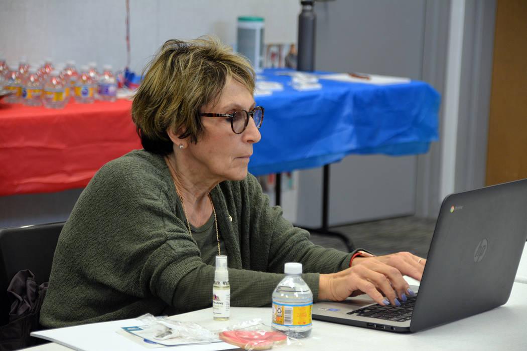 (Celia Shortt Goodyear/Boulder City Review) Councilwoman Claudia Bridges fills out the 2020 cen ...
