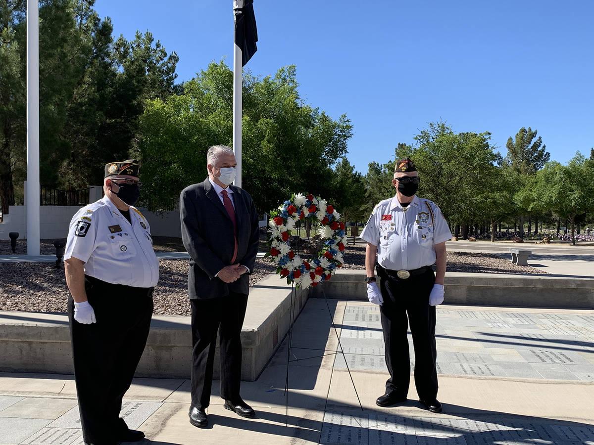 (Hali Bernstein Saylor/Boulder City Review) The Rev. Carl Fogg, from left, commander of Veteran ...