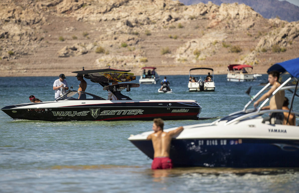 (Benjamin Hager/Las Vegas Review-Journal) People enjoy boating at Lake Mead on Saturday, June 2 ...