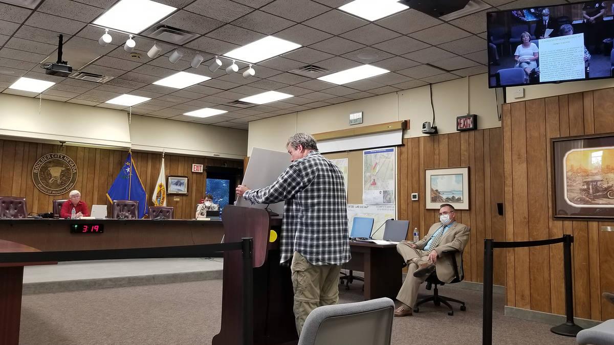 Celia Shortt Goodyear/Boulder City Review Rob Martin talks to City Council during a public comm ...