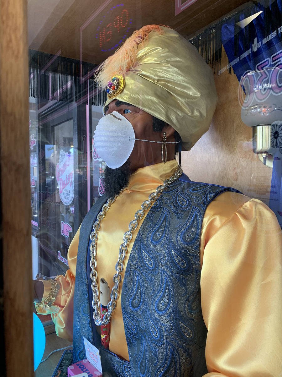 (Hali Bernstein Saylor/Boulder City Review) Zoltar, the fortune teller sitting on Nevada Way in ...