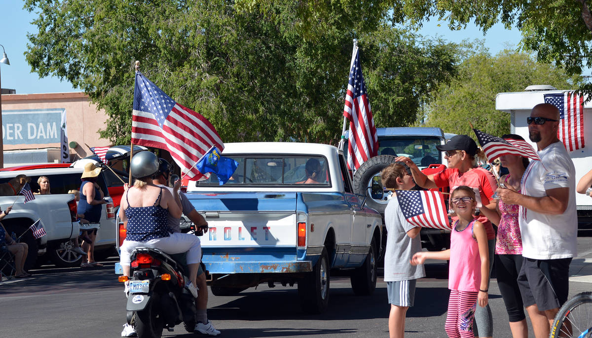 Celia Shortt Goodyear/Boulder City Review People watch the parade Saturday, July 4, in downtown ...