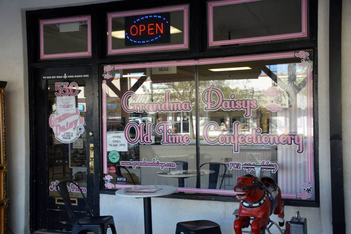 Celia Shortt Goodyear/Boulder City Review Beth Walker, owner of Grandma Daisy's Candy and Ice C ...