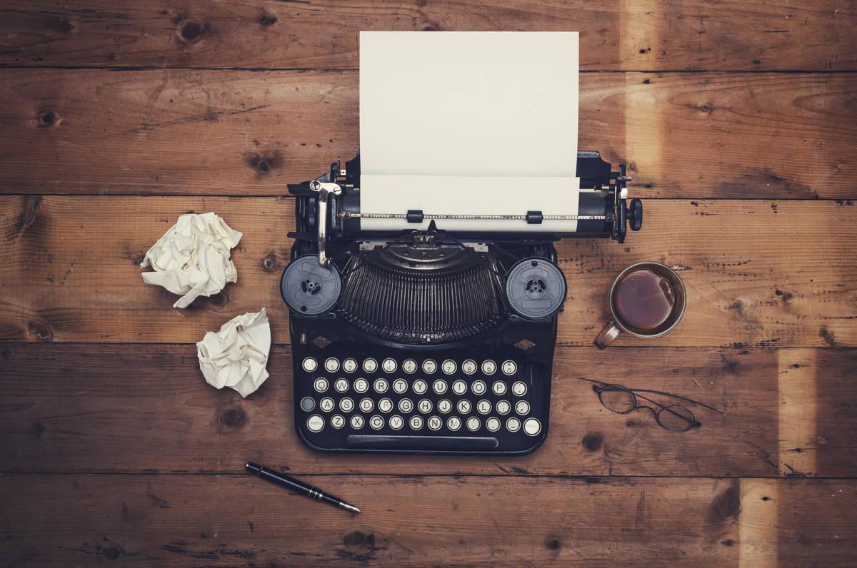 14162209_web1_BCR-typewriter.jpg